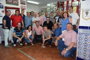 Daniel Hurtado con representantes de las peñas del G19. Foto: @davinniapg
