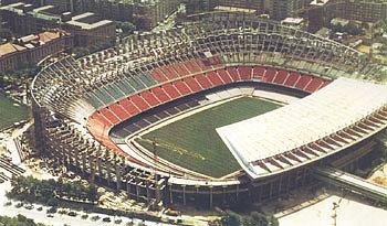 Ampliación del graderío del Camp Nou para el Mundial del 82
