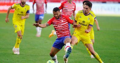 Un Granada CF sin ideas no consigue puntuar ante el Cádiz CF